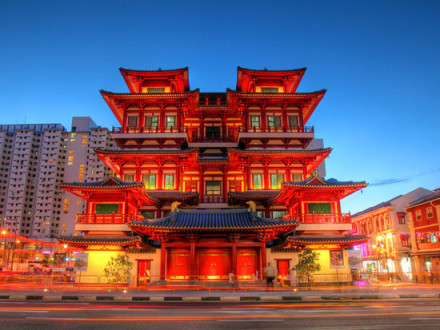 singapore-buddhas-relic-tooth-temple-chinatown1